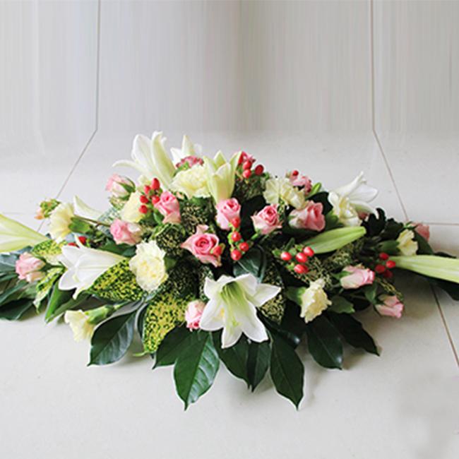 Kết quả hình ảnh cho hoa cưới để bàn điện hoa 24h