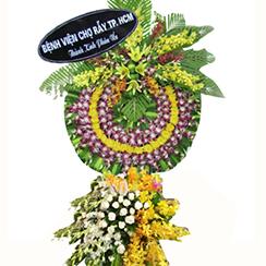 Vòng hoa chia buồn CB06