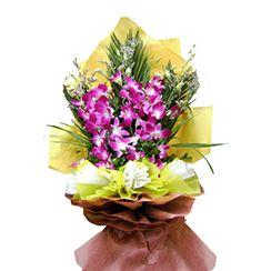 Bó hoa lan tím