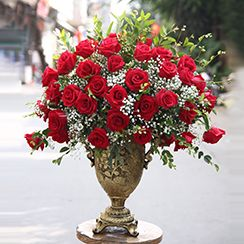 Bình hoa hồng tặng sinh nhật