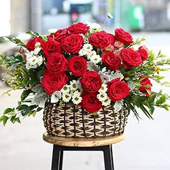 Giỏ hoa tặng sinh nhật G301