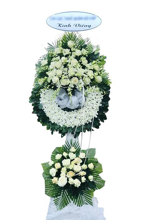 Vòng hoa chia buồn CB197