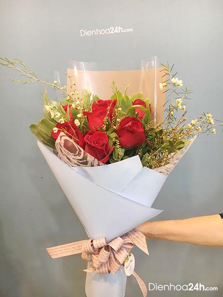 Kết quả hình ảnh cho bó hoa hồng site:dienhoa24gio.com