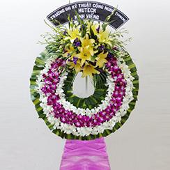 Vòng hoa chia buồn CB08