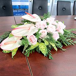 Hoa bàn họp 07