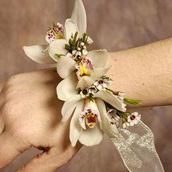 Hoa đeo tay 02