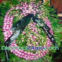 Vòng hoa chia buồn 8