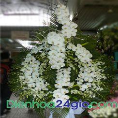 Vòng hoa chia buồn VH03