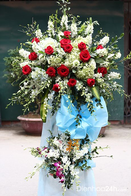 Một số lưu ý khi tặng hoa chúc mừng ngày doanh nhân việt nam